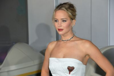 Jennifer Lawrence horoscope and birth chart