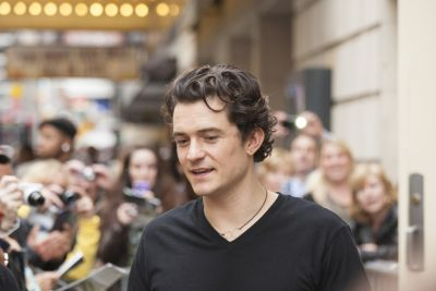 Orlando Bloom: A nude Capricorn. How could this be?